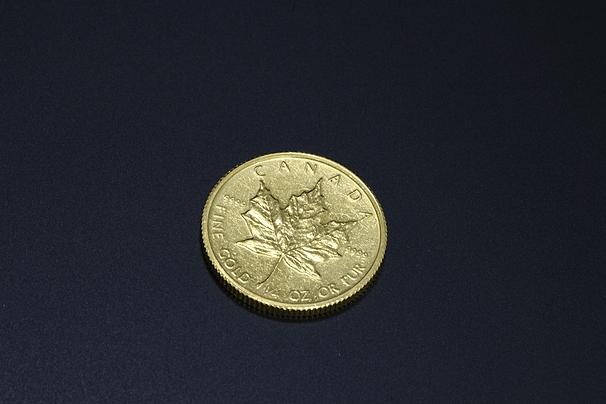 純金メイプルリーフ金貨 1/4オンス
