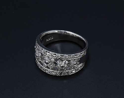 【ダイヤモンド買取実績】Ptダイヤモンドリング 1カラット買取(牛久市)